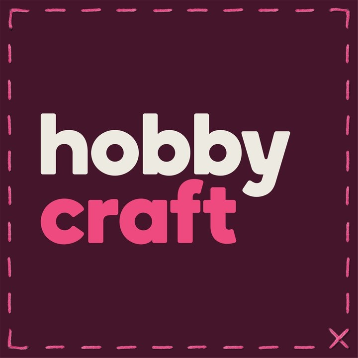 How To Make A Pom Pom Wreath – Hobbycraft at Christmas